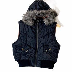 MISS LILI Black Hooded Faux Fur Vest Juniors Sz XL